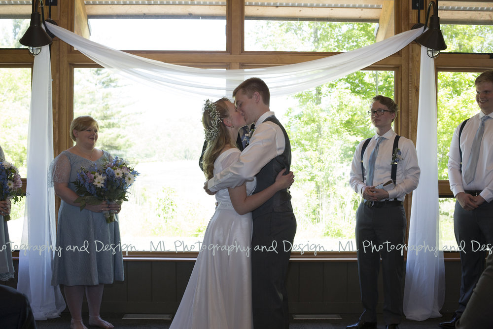 Lac-Lawrann-Conservancy-Wedding-26.jpg