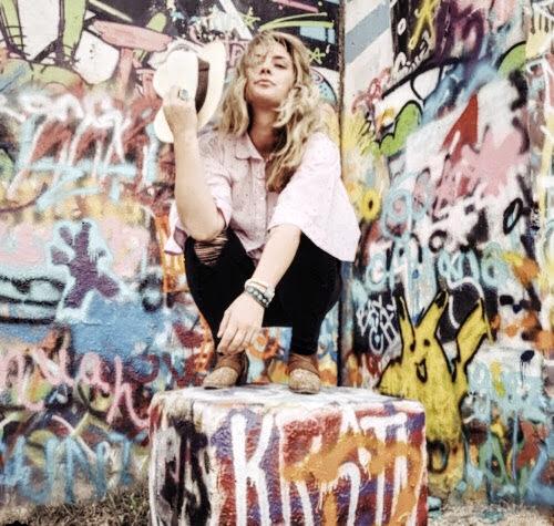 ashley johns | @limitlessbracelets & @fierce.forward