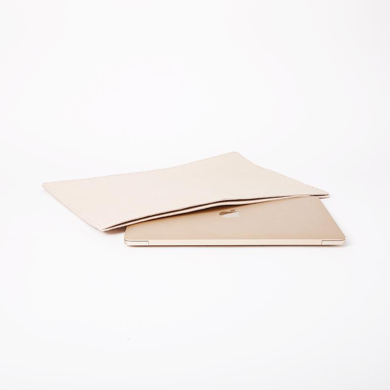 Noah_Marion_Quality_Goods_Hand_Made_Leather__folio(7).jpg