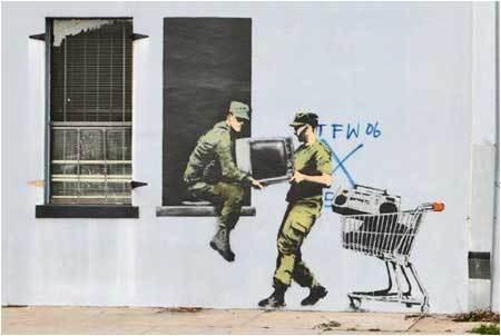 Banksy-Looting-Soldiers.jpg