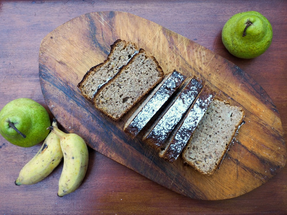 Banana Bread with pears
