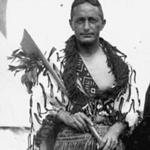 Pei Te Hurinui Jones, rangatira o Ngati Maniapoto, Tainui