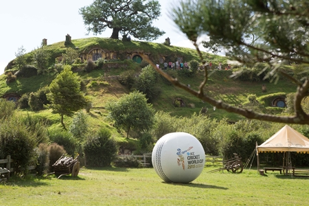 Giant Cricket ball1.jpg
