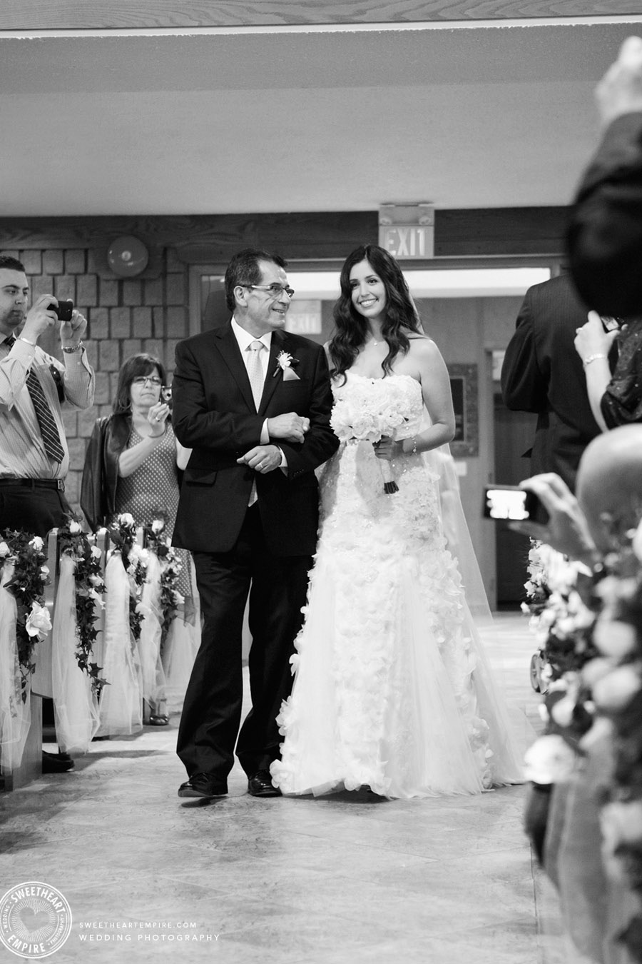MIssissauga-Romantic-Wedding_15.jpg