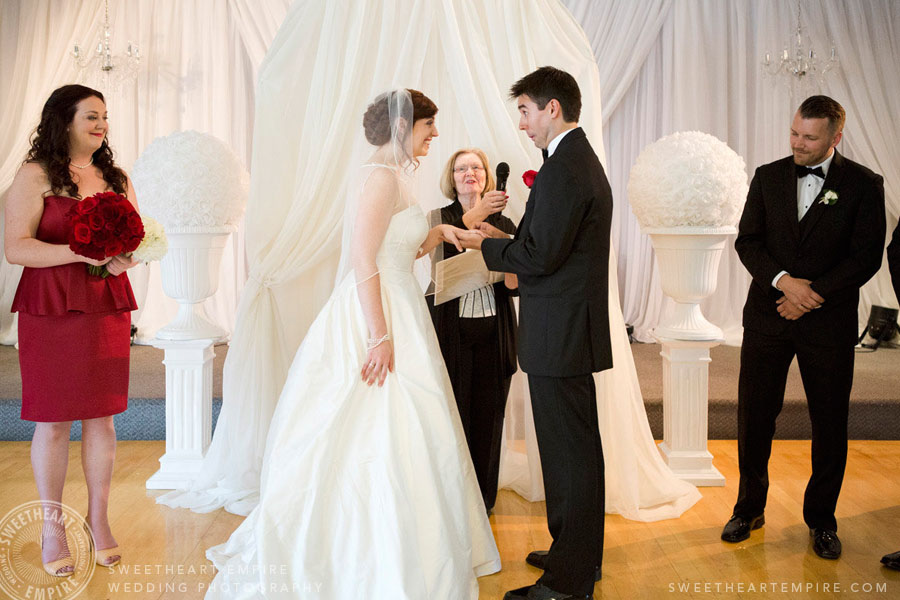 Geraldos LaSalle Park Wedding_20