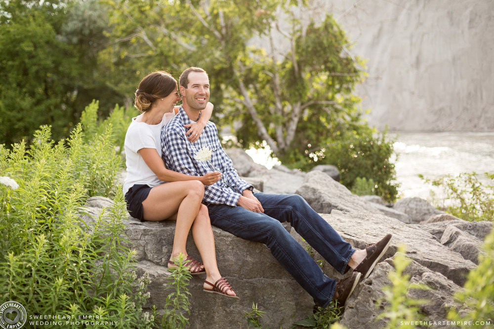Scarborouch Bluffs Engagement_03