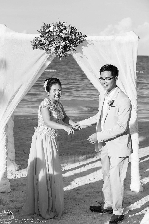 23_Beach wedding in Jamaica.jpg