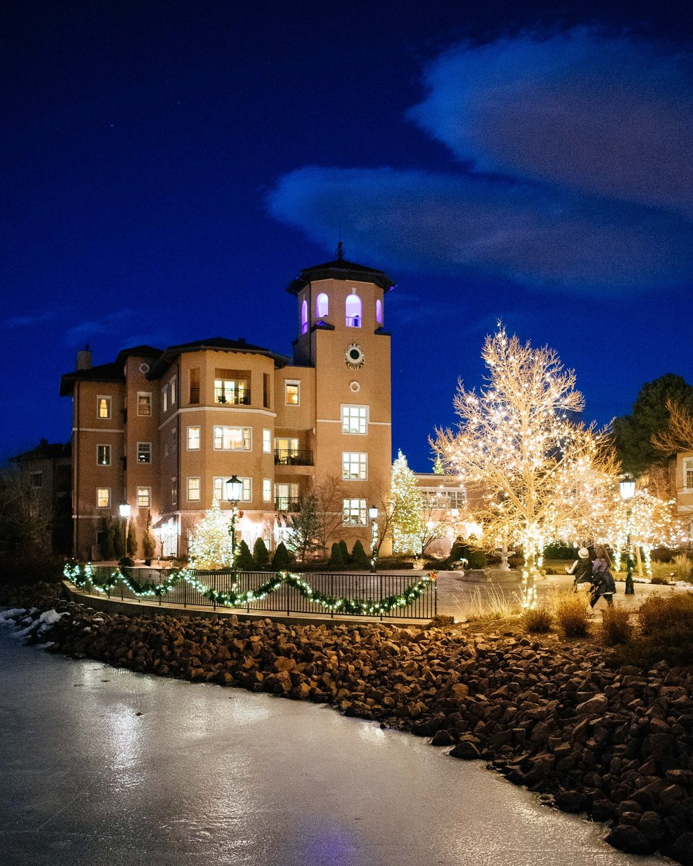 the broadmoor christmas lights colorado springs