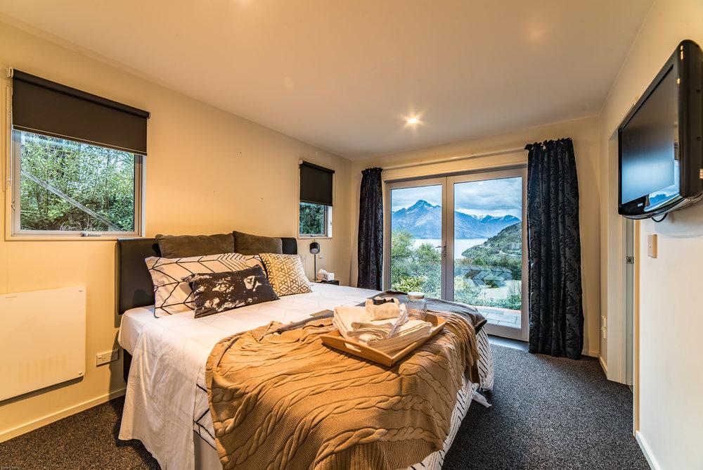 mikewwalton-michelle-airbnb-1.jpg