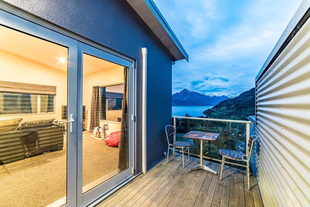 mikewwalton-michelle-airbnb-12.jpg