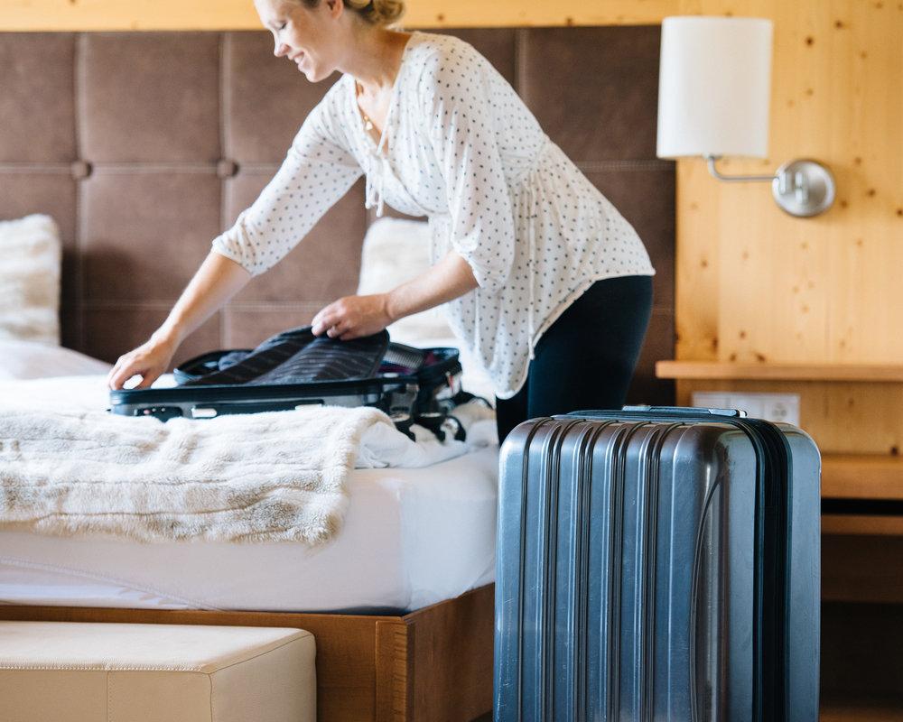 mikewwalton-luggage-free-2391.jpg