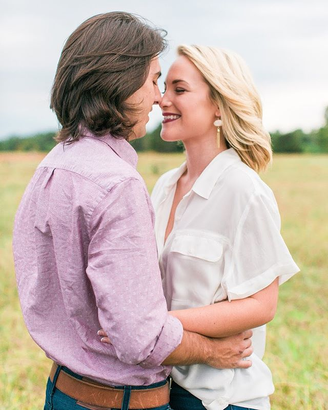 Engagement sessions that involve a beautiful farm, a love these two have for one another and the horses thinking I have snacks in my camera bag are my kind of session.