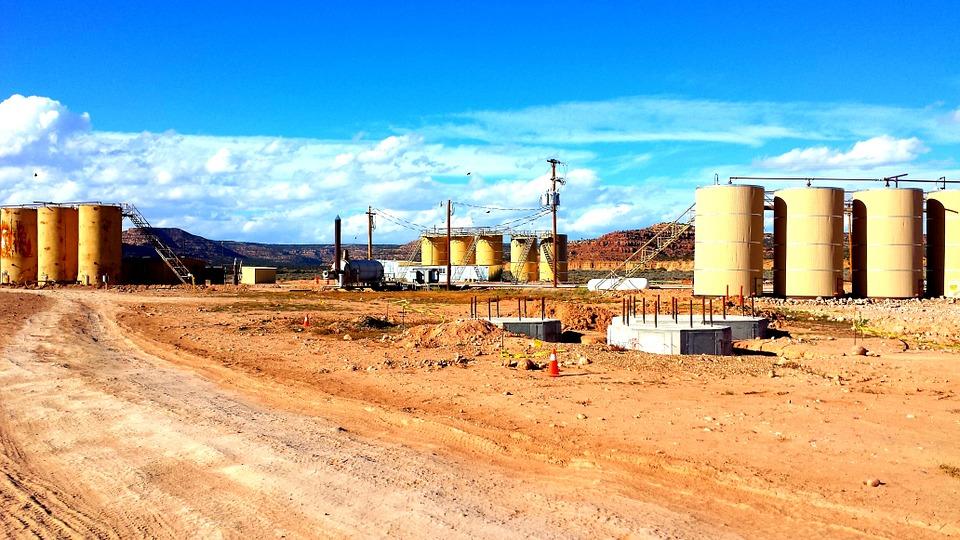 refinery-514029_960_720.jpg