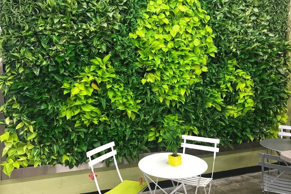 Living Walls -