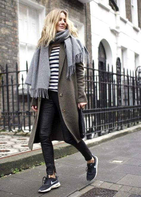 2. Striped Top, long line jacket, skinny jeans and a gorgeous, chunky scarf always looks great with sneakers.  Photo: Pinterest