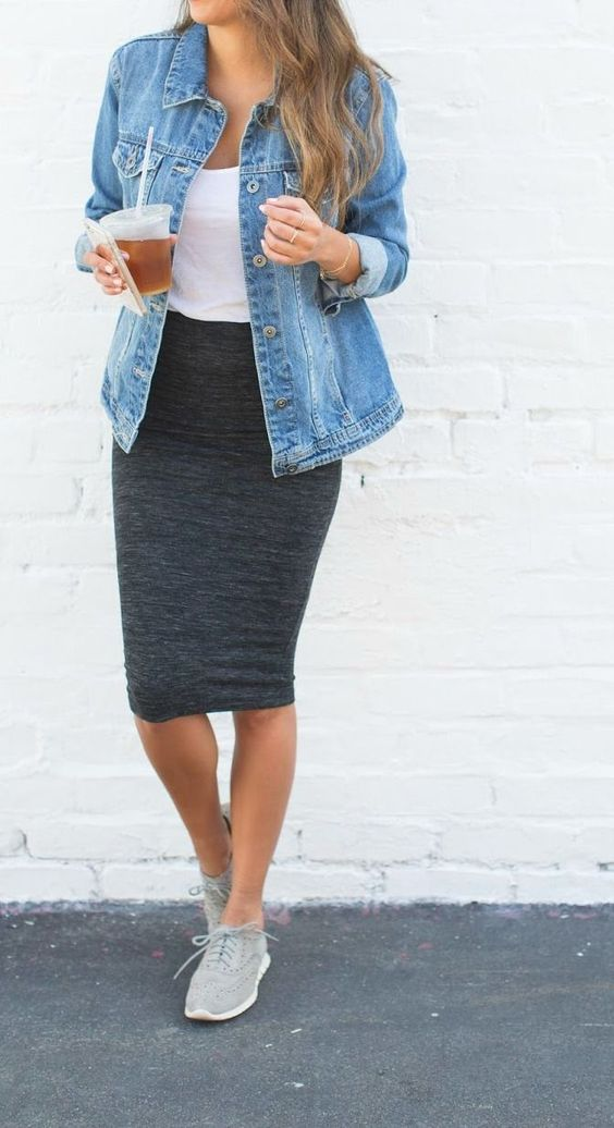 4. Yes, sneakers look great with a skirt and denim jacket.  Photo: Pinterest