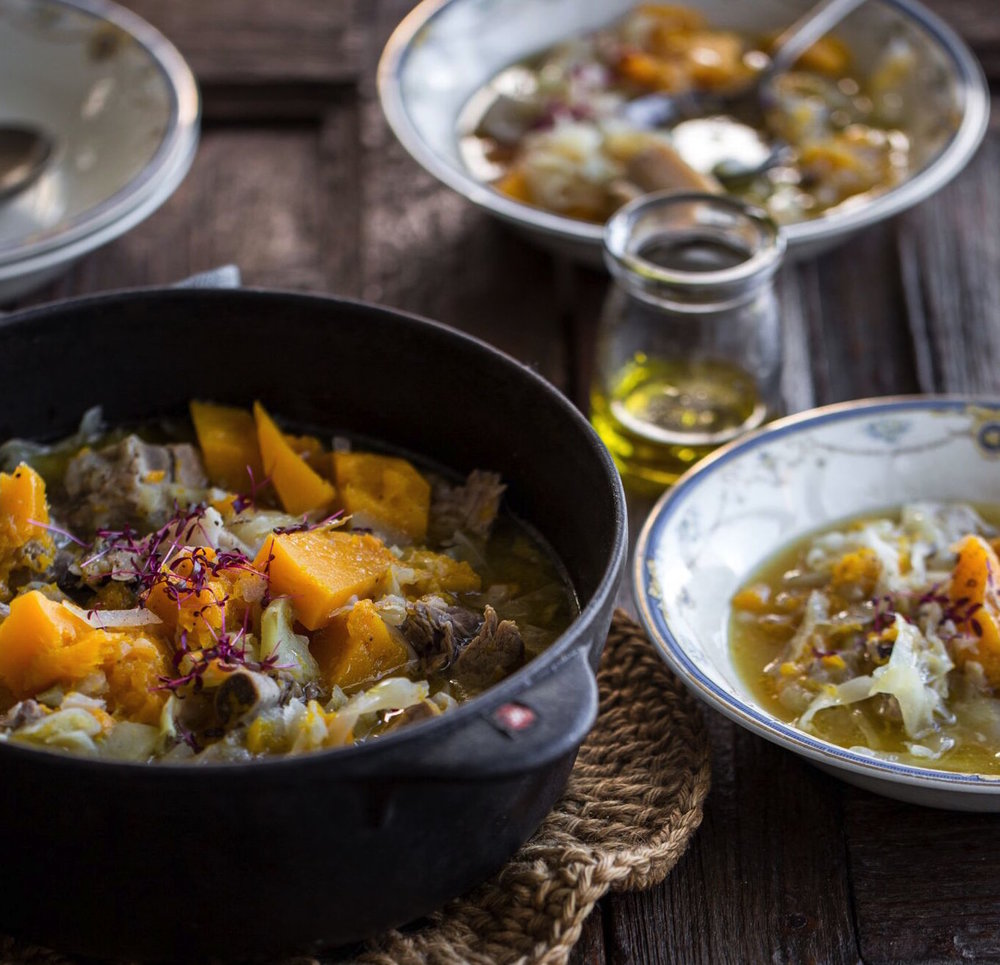 Apple and Pork Belly Hotpot