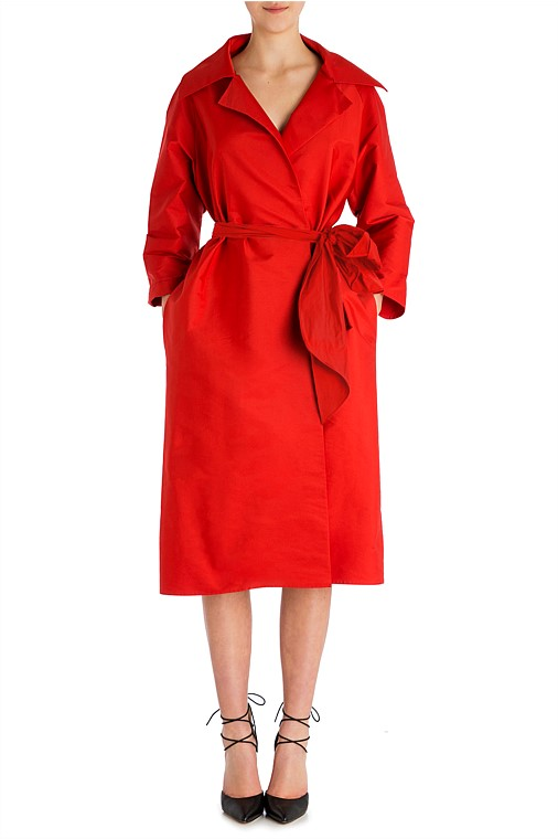 In our spring racing report, we said how the trench was huge this year.  A red trench coat will be a knockout at all events.  Worth every cent.  Available from Carla Zampatti  here.