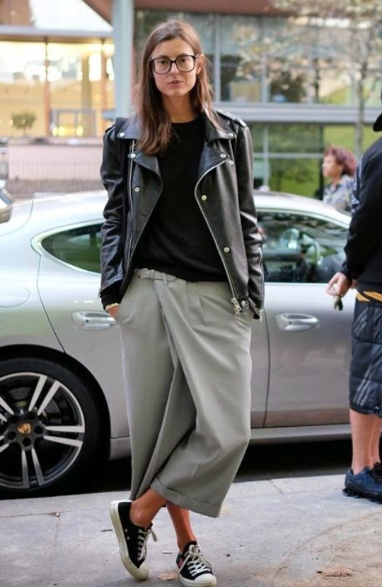 "Often referred to as ""Wrap Front"" Pants, culottes make a statement.  Great casual style on the streets of Paris Fashion Week.   Image"