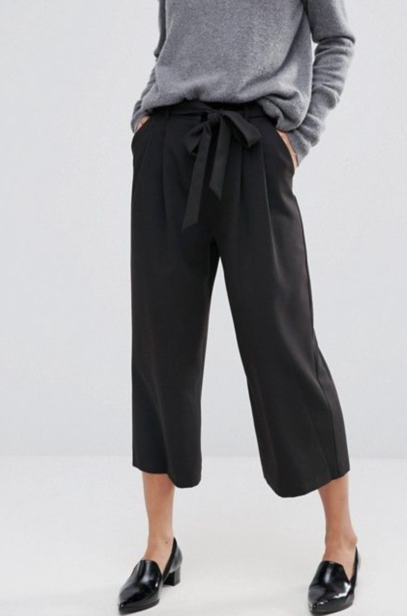 Culottes for work, super cute black and grey outfit.   Image