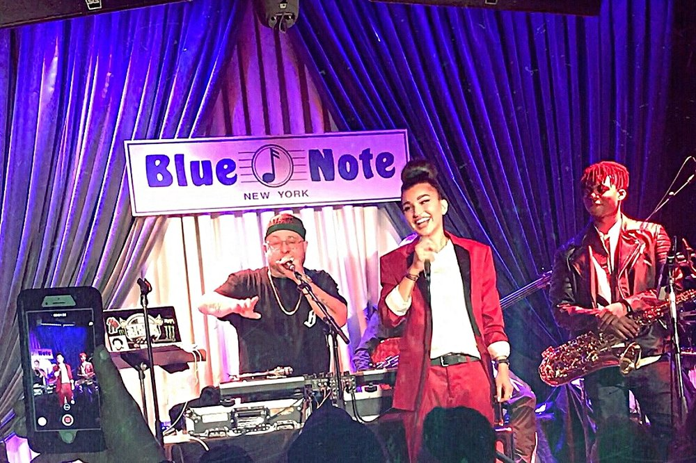 Enisa shares the stage with Statik Selektah at The Blue Note Jazz Club in New York City.