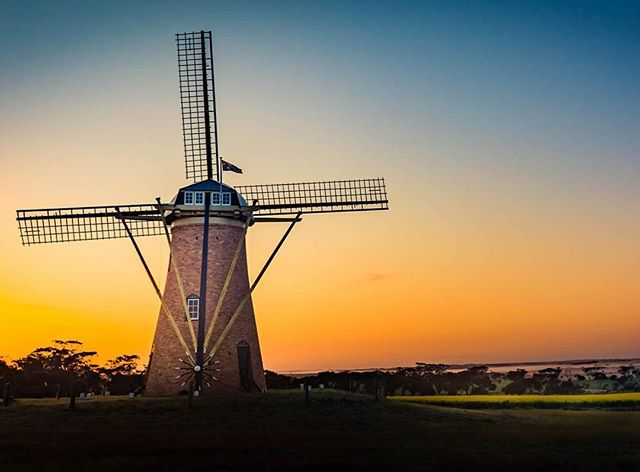 Australia's only working traditional #windmill captured perfectly by @davideastwell - follow him for more reasons to visit #westernaustralia . . . . #windmills #nature #sky #sunset #australia #travel #wind #landscape #summer #trip #windpower