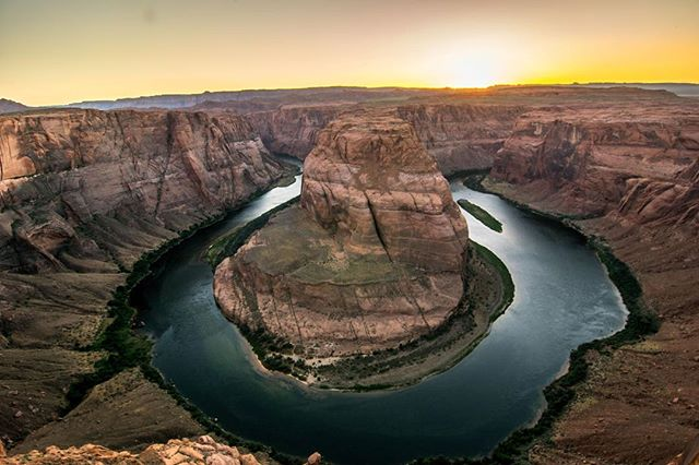Horseshoe Bend, Arizona. An 'incised' meander on the Colorado River located 5 miles from Page, AZ. It is an 'incised meander' because the river level dropped unusually low and therefore forces erosion downwards more so than normal. Looks pretty at sunset too! . . . #arizona #nature #erosion #usa #travel #americanroadtrip #summer #trip #earthporn #beautifulplace #photography