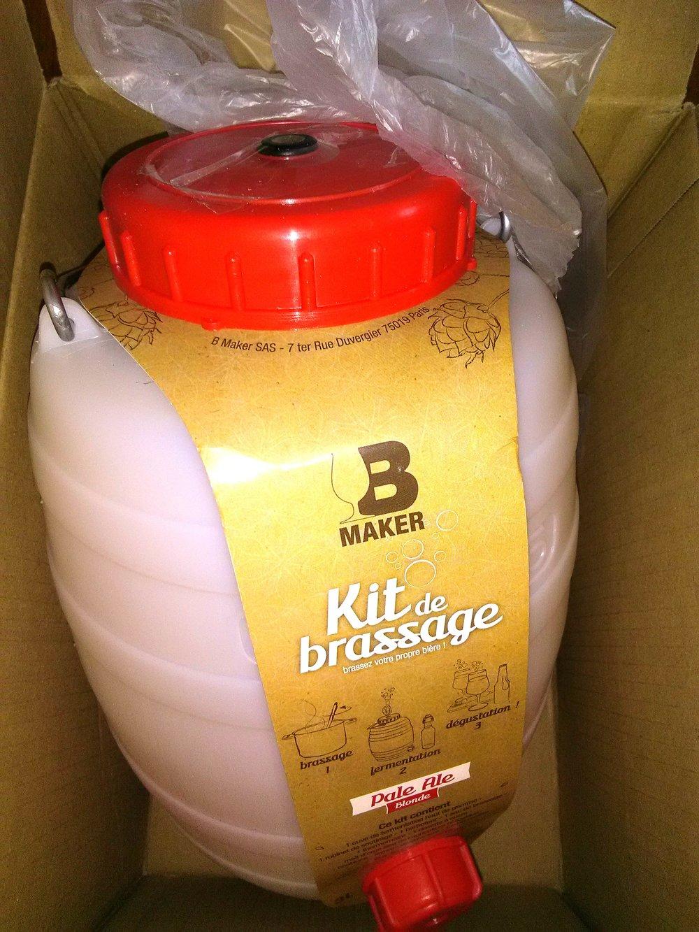 Après quelques recherches et des conseils de brasseurs en herbe, j'ai choisit le kit B-MAKER.