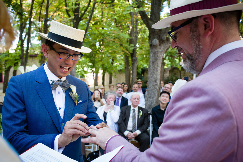 29/8/15 Chen & Tony. Same-sex wedding at Hotel Marques de Riscal. Elciego, Alava, Basque Country, Spain. Photo by James Sturcke | sturcke.org