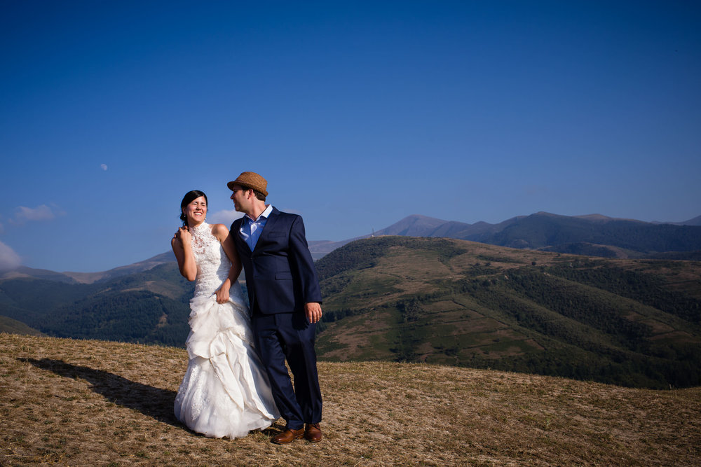 Destination wedding in Hotel Echaurren Ezcaray La Rioja Spain - James Sturcke  Photographer | sturcke.org_015.jpg