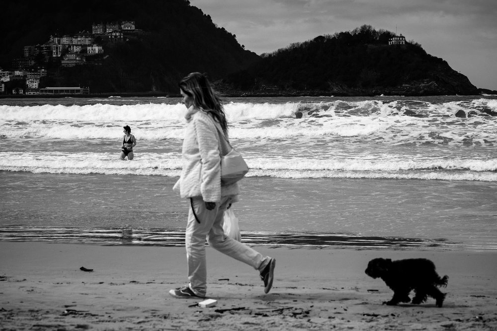 Wedding Photography in San Sebastian | Spring Photos on La Concha Beach San Sebastian Gipuzkoa Basque Country Spain - James Sturcke  Photographer | sturcke.org_004.jpg
