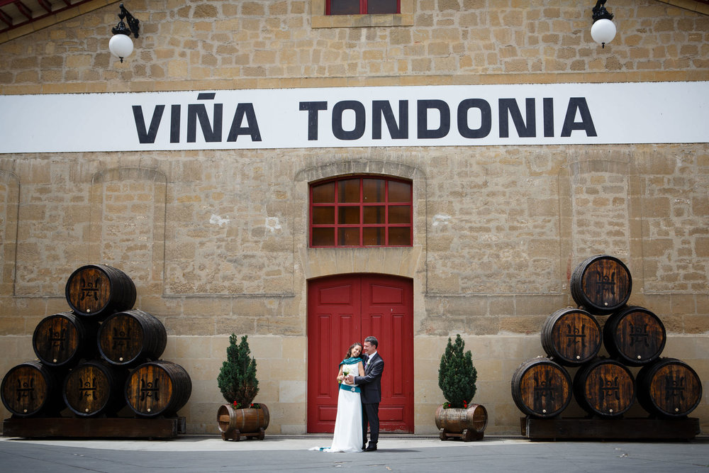 Wedding Photography in Haro La Rioja Spain | Bodegas Tondonia - James Sturcke  Photographer | sturcke.org_009.jpg