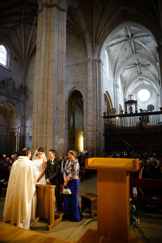 7/9/13 Boda de Idoya y Enrique, Santo Domingo y Ezcaray, La Rioja, España. Foto de James Sturcke Fotografía | www.sturcke.org