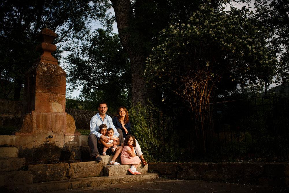 5/6/15 Sesión con Martina, Ermita Allende, Ezcaray, La Rioja, España. Foto de James Sturcke | www.sturcke.org