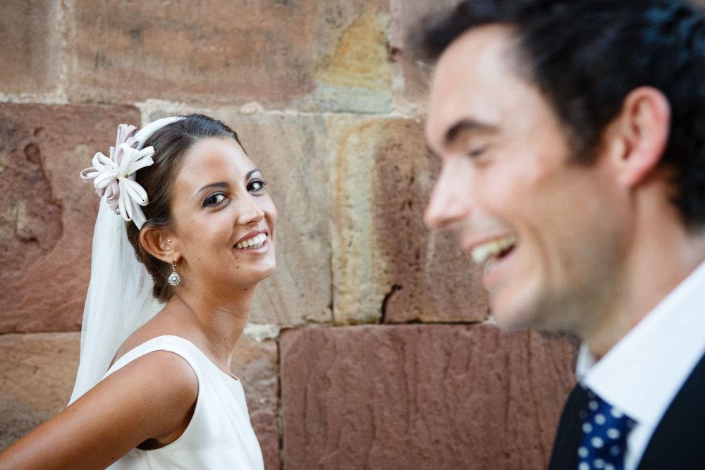 22/9/12 Boda de Raquel y Fernando, Iglesia de Ezcaray y Hotel Echaurren, Ezcaray, La Rioja, España. Foto: James Sturcke Fotografía | www.sturcke.org