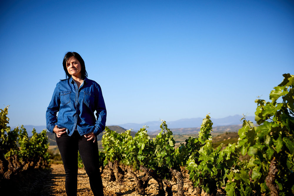 Fotógrafo de retratos corporativos. Bodegas Montecillo, La Rioja, España.