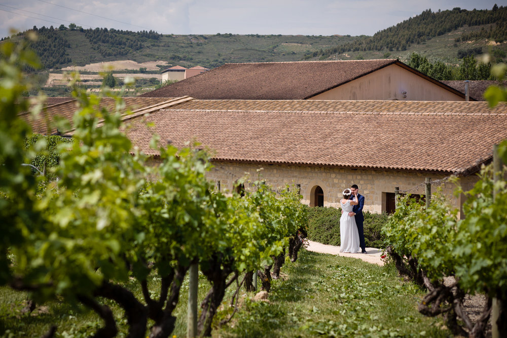 3/6/16 Simone & Jorge, Hotel Marqués de Riscal, Elciego, Álava, País Vasco, España. Foto de James Sturcke | www.sturcke.org