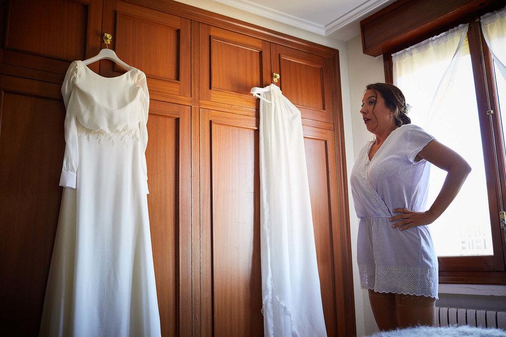 Fotógrafo de boda con estilo documental y fotoperiodismo en La Rioja Palacio Casafuerte Zarraton La Rioja Spain James Sturcke Photographer sturcke.org_00004.jpg
