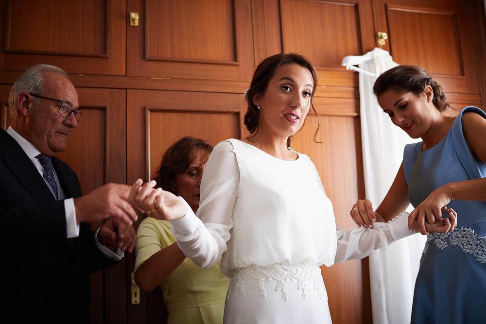 Fotógrafo de boda con estilo documental y fotoperiodismo en La Rioja Palacio Casafuerte Zarraton La Rioja Spain James Sturcke Photographer sturcke.org_00005.jpg