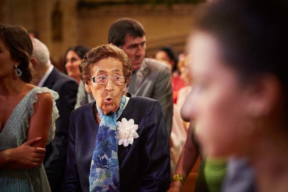 Fotógrafo de boda con estilo documental y fotoperiodismo en La Rioja Palacio Casafuerte Zarraton La Rioja Spain James Sturcke Photographer sturcke.org_00012.jpg