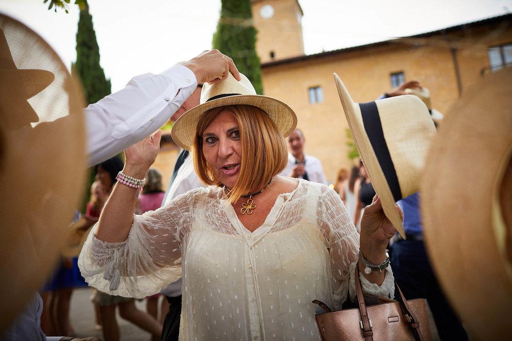 Fotógrafo de boda con estilo documental y fotoperiodismo en La Rioja Palacio Casafuerte Zarraton La Rioja Spain James Sturcke Photographer sturcke.org_00031.jpg