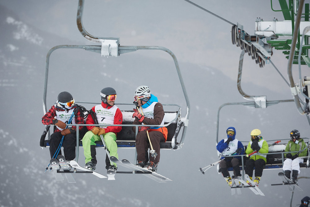 1803Telemark_Skiing_La_Rioja_Spain_Sturcke_Sturcke_001.jpg