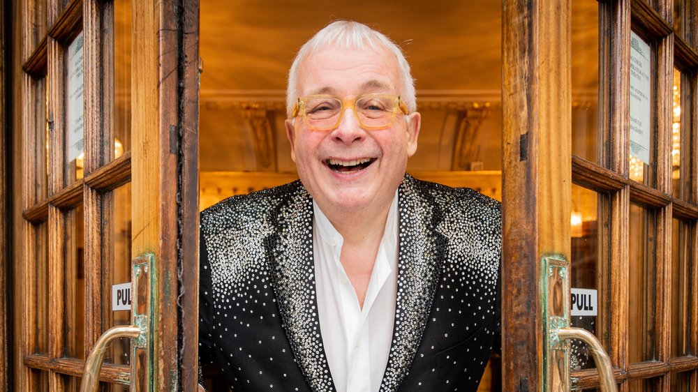 christopher-biggins