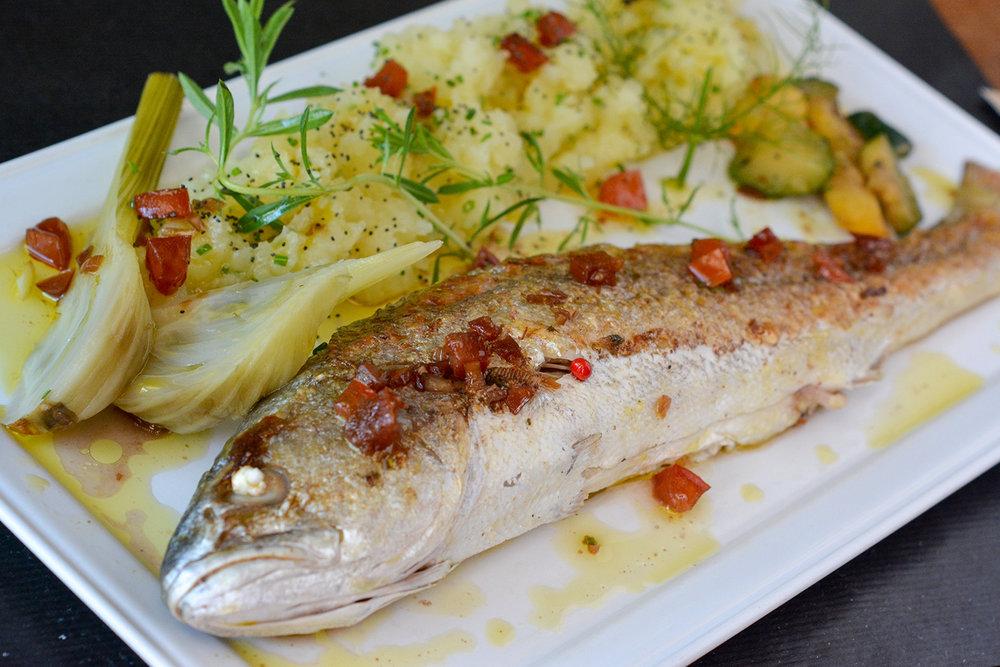 laroutedusel-restaurant-loix-iledere-26.jpg