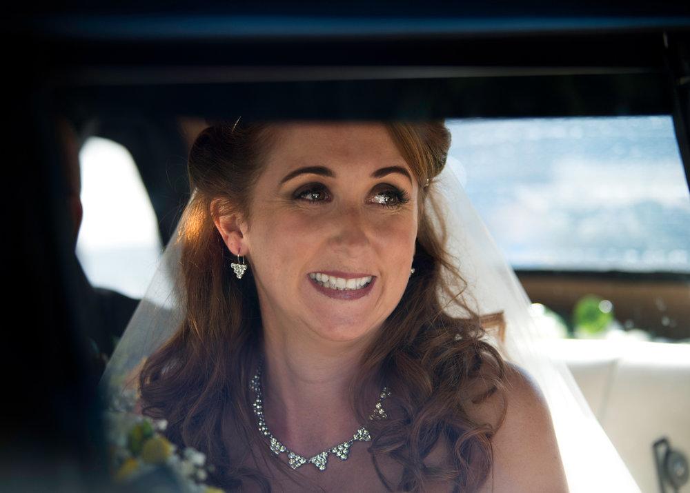St Cynfran | Bride arriving