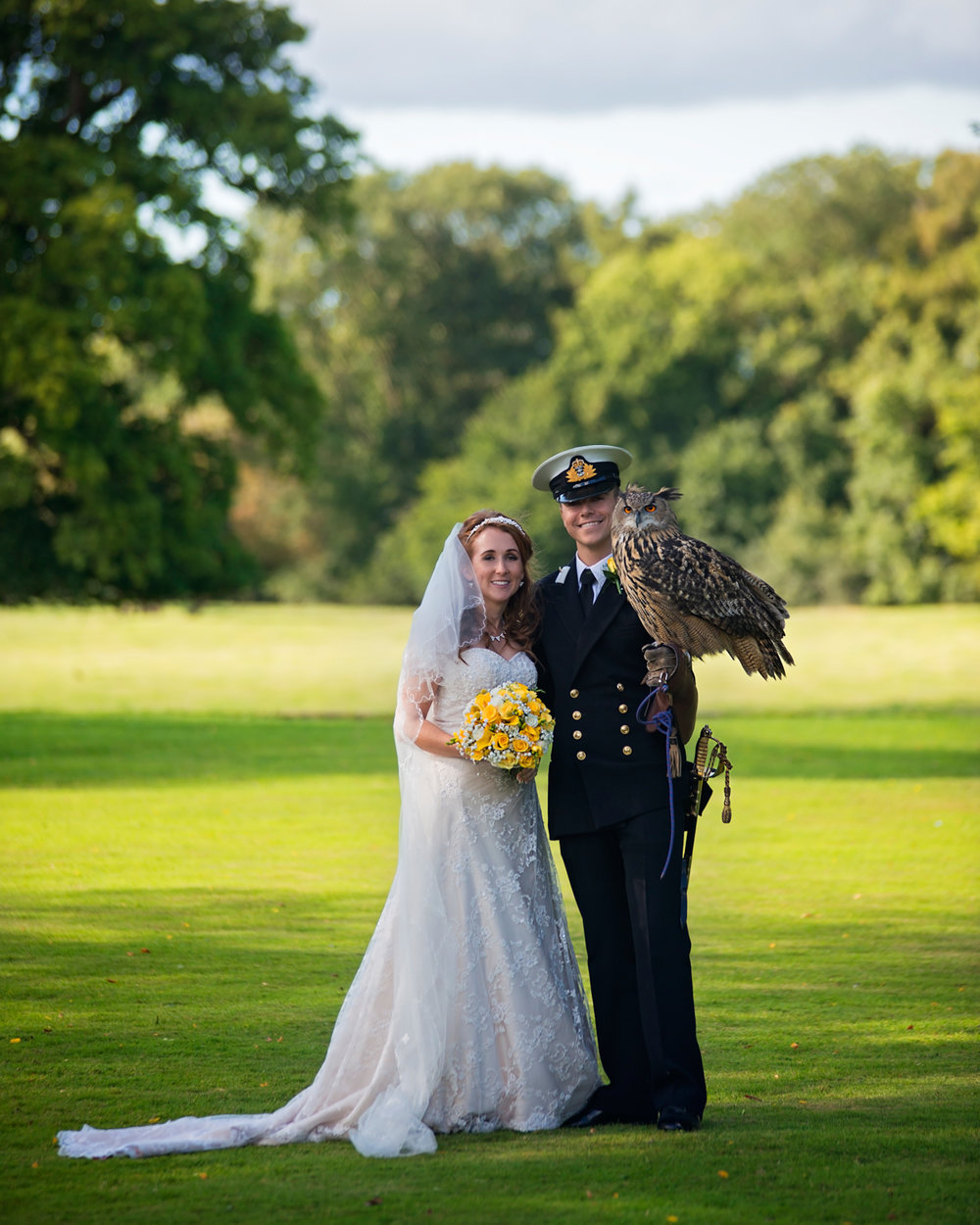 Bird of prey | Bride & Groom | Pentre Mawr