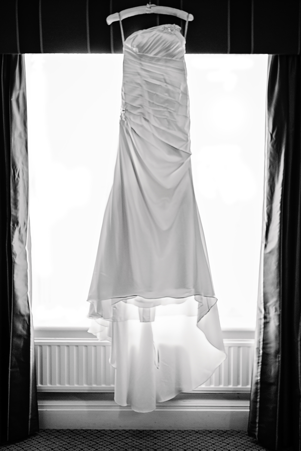 Wedding dress | Details | Hilton Avisford Park | wedding photography