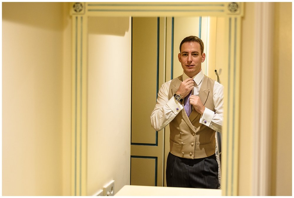 Groom getting ready | London wedding | Richmond Inn Hotel | Alex Buckland Photography