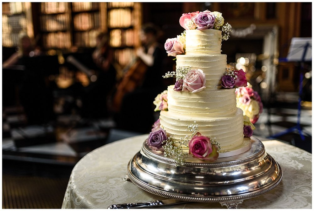 Wedding Cake details | London Wedding | Alex Buckland Photography
