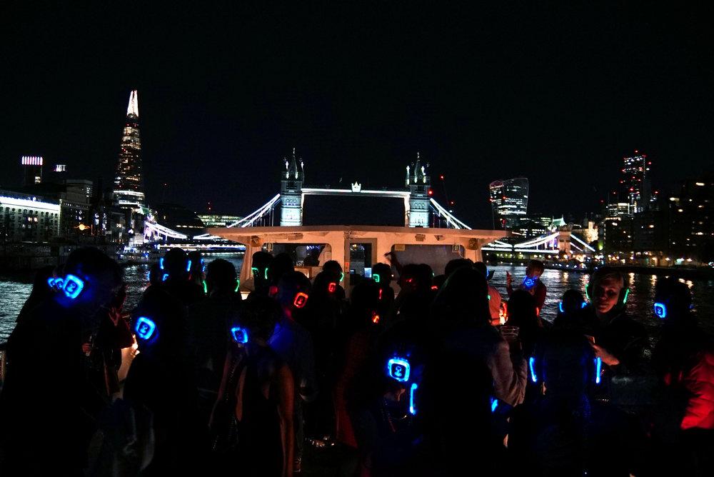 silent-disco-london-boat-party-optimised.jpg
